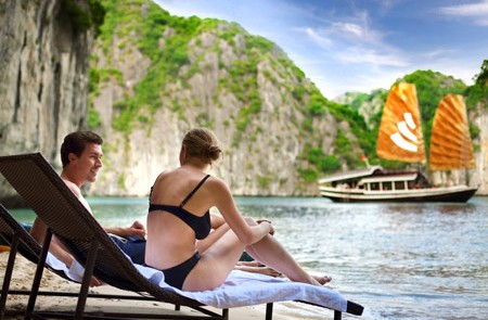 Honeymoon in Halong bay