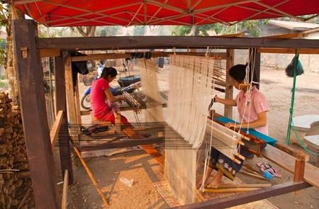 Silk weaving Ban Xangkhong village