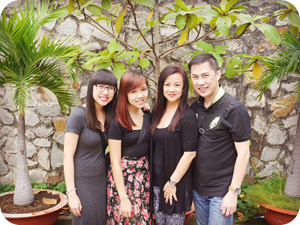 Mrs Esther Low and Family, Singaporean