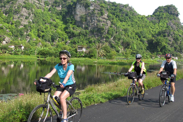 Cycling trip around Tam Coc Ninh Binh