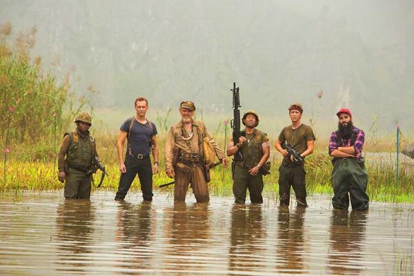 Jordan Vogt-Roberts and film crews in Ninh Binh