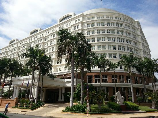 Park Hyatt Saigon 5 Star Hotel