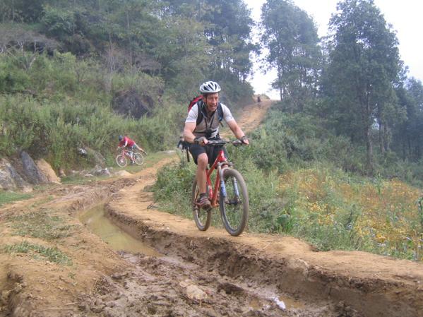 Amzing road for biking in Moc Chau
