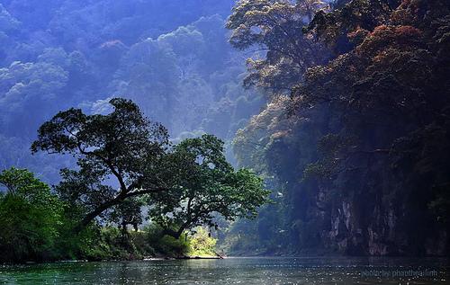 Ba Be Lake - Amazing Lake in Vietnam