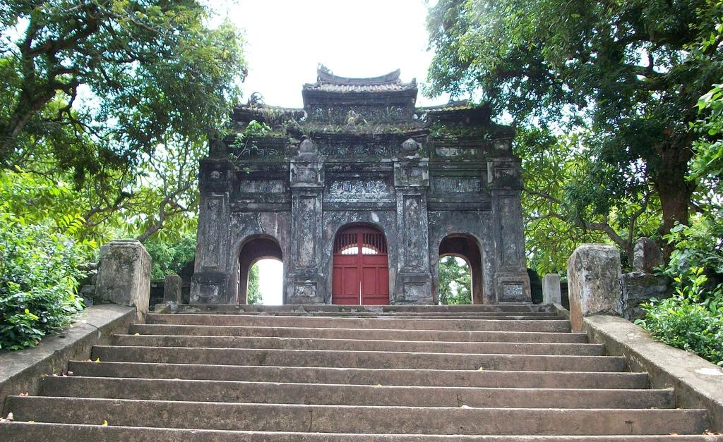 Bao Quoc pagoda in Hue, Vietnam
