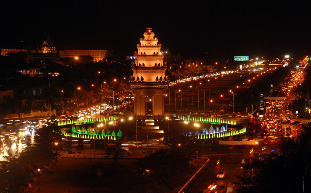 Independence Monument is beatiful at night, Phnom Penh, Cambodia