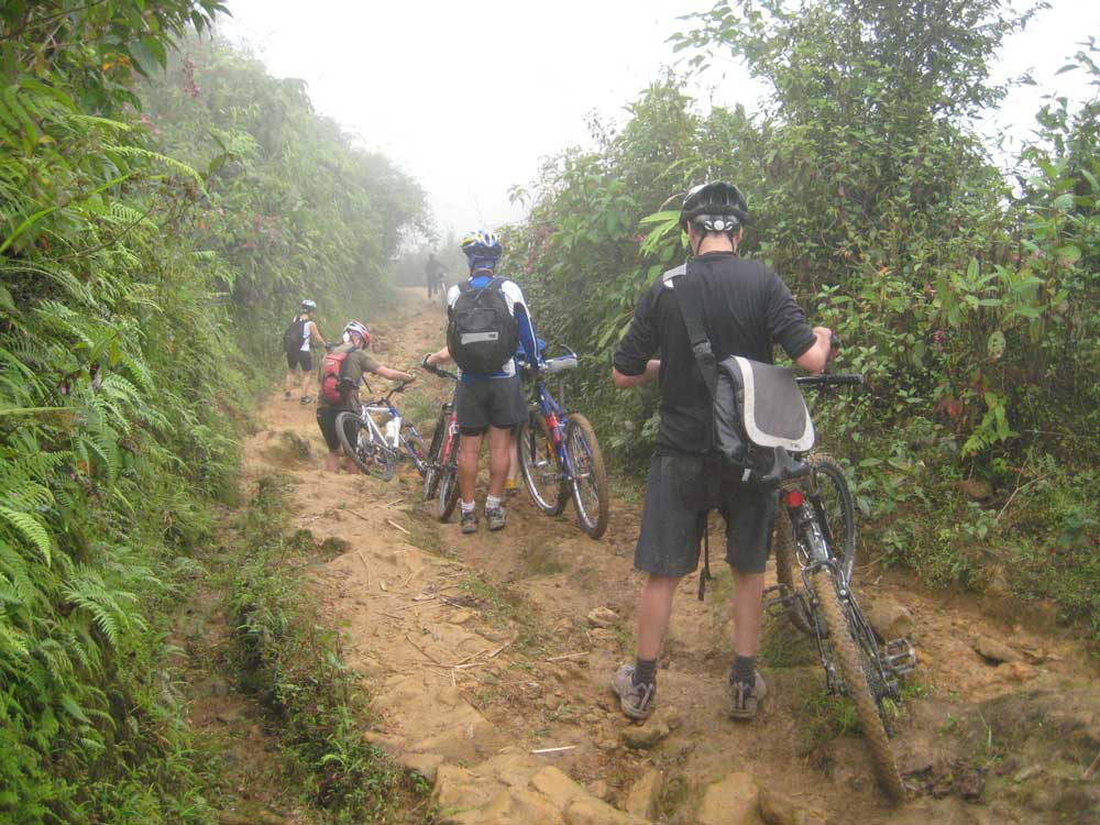 Biking in Lai Chau