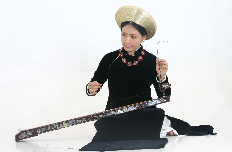 vietnam traditional music. Black Bedroom Furniture Sets. Home Design Ideas
