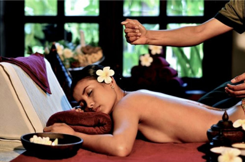 Enjoy massage and Spa service in Cambodia