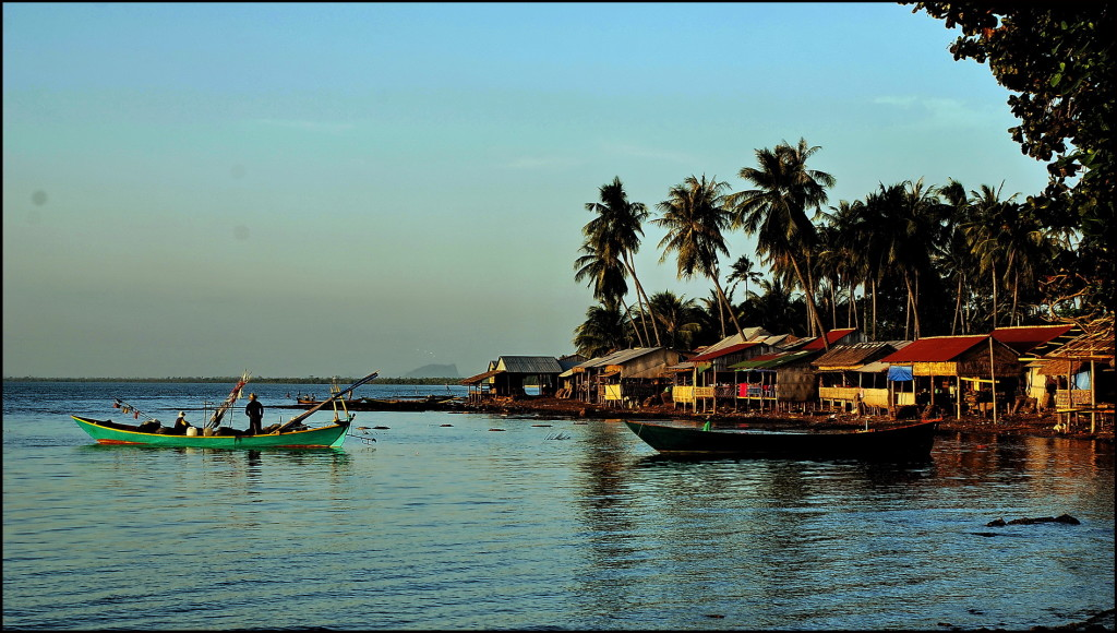 Fishing port in Kep
