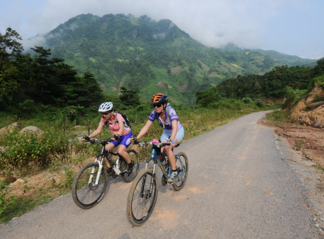International bike tour from Phnom Penh to Ho Chi Minh city