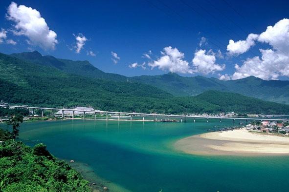Lang Co Beach in Hue, Vietnam