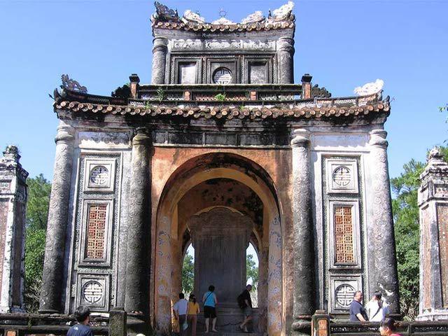 Stele Pavilion, Tu Duc Royal Tomb, Hue, Vietnam.