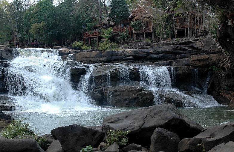 Tad Lo Waterfall in Laos