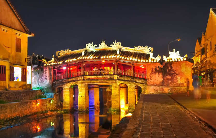 The great looking Japanese bridge with some stunning lighting, Hoian