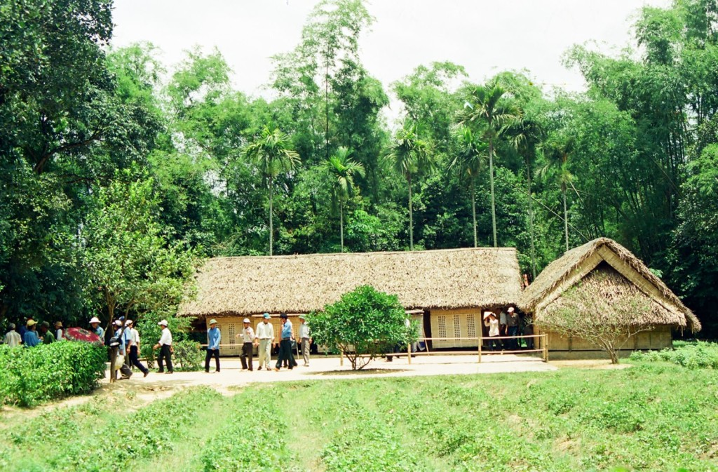 Visit President Ho Chi Minh's birth home in Kim Lien Village, Nghe An