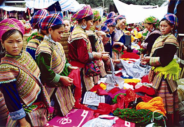 A market of Hmong people in Bac Ha, Lao Cai.