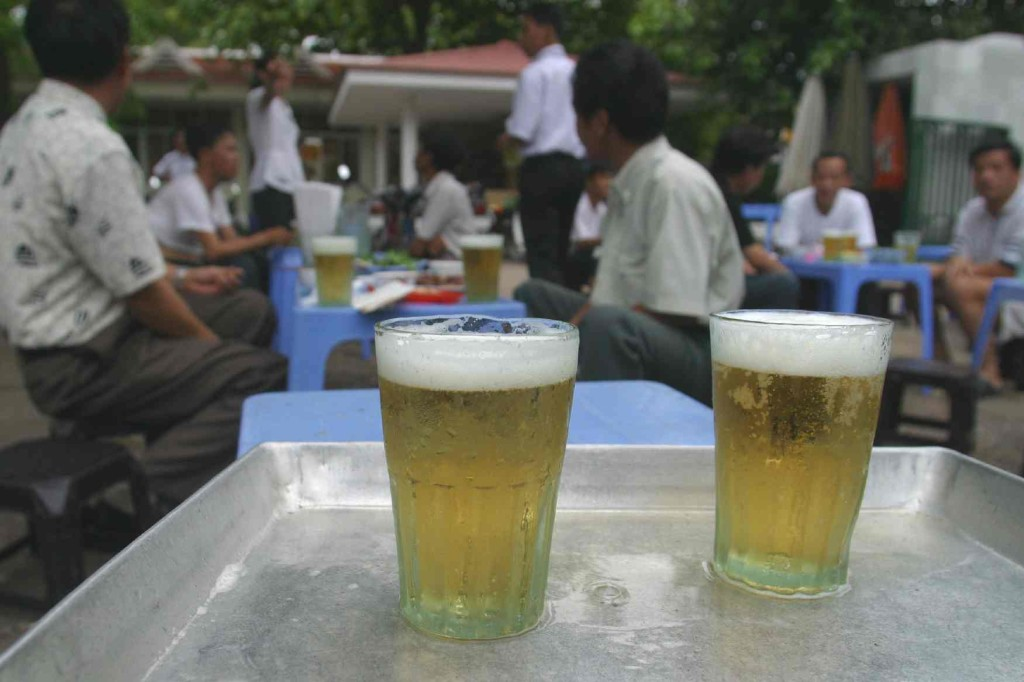 Local bia hoi in a corner of hanoi