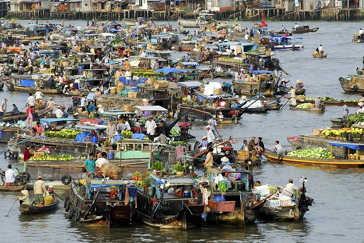 Floating Market Cai Giang, Can Tho province, Vietnam.