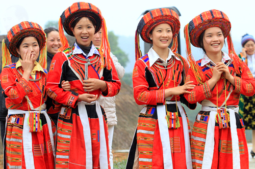 Beautiful Vietnam ethnic women in their traditional costume.