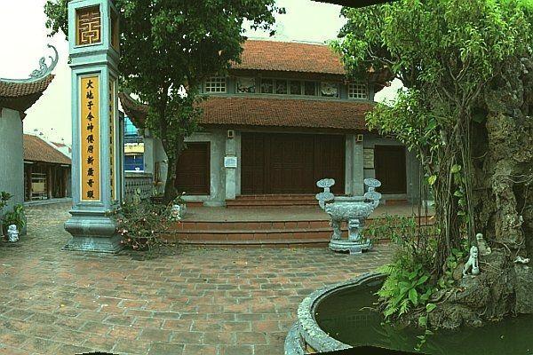 Bich Cau Taoist Temple - Bich Cau Dao Quan