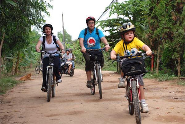 Fun cycling trip in Mekong Delta