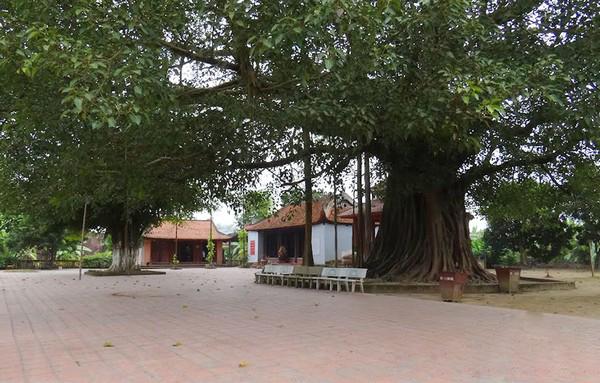 Hoang Cong Chat Temple