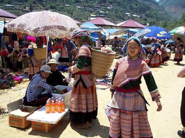 Local Market in Sapa