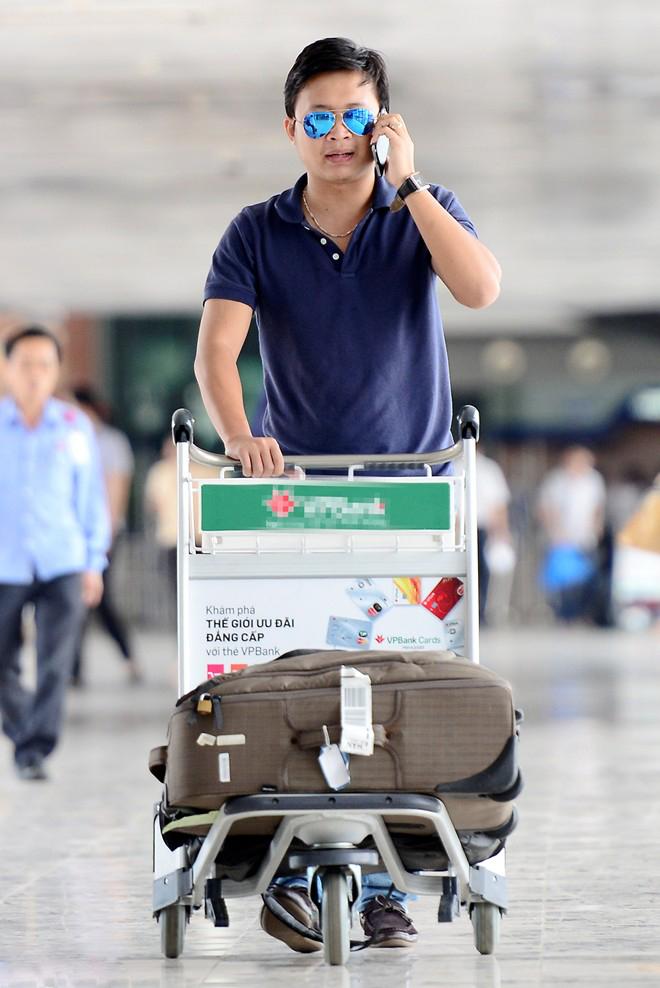 New Luggage trolleys help customers use easier.