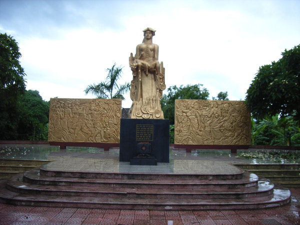 Noong Nhai Memorial, Dien Bien Phu