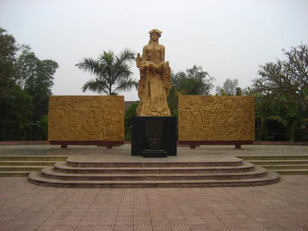 Noong Nhai Memorial