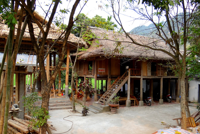 Local house at Pom Coong villages