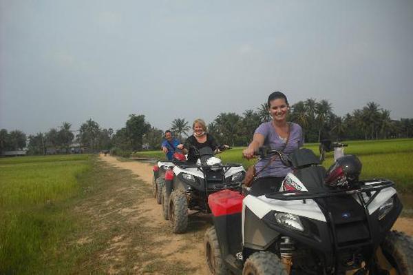 Quad Bike adventure in Siem Ream