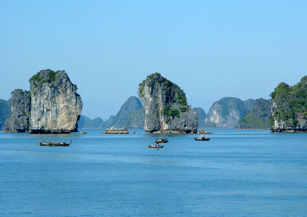 Vietnam is a perfect place to relax and sightseeing