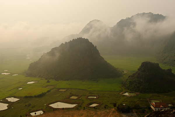 The immense mist in Phong Nha Ke Bang National Park