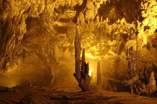 nguom ngao cave cao bang