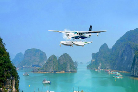 Flight with Hai Au seaplan