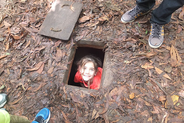 cu chi tunnels tour with kids
