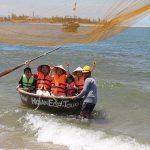 hoi an basket boat at cua dai sea