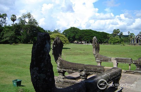 Ancient Angkor Temple Tour – 2 Days
