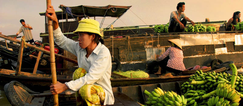 Banana sellers in Cai Be Floating Market