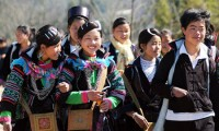 Black Hmong people