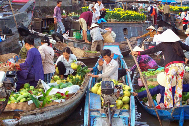 cai be floating market 10 day vietnam tour package