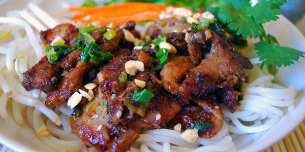 Grill pork with noodle