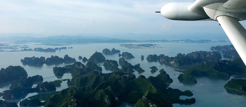 Halong Bay Tour by Helicopter from Hanoi