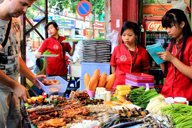 Hanoi food tasting tour 10 day north to south vietnam tour