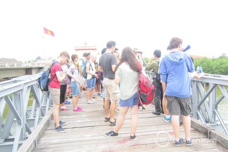 Hien Luong Bridge, DMZ