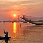Hoi An Sunrise Cruise & Fish Market Tour