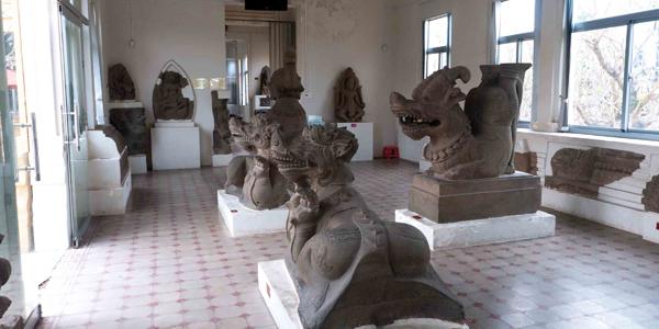 Interior of the Cham Museum