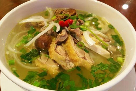 Pho Ga - Noodle Soup with chicken